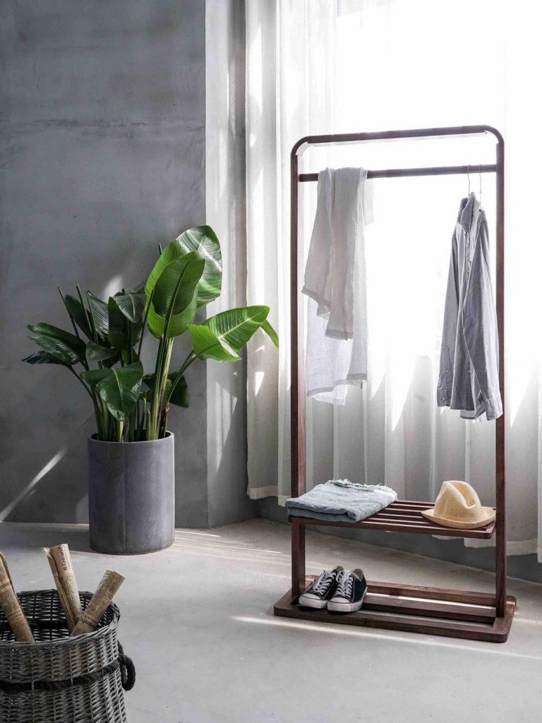 Kledingkast minimaliseren | capsule wardrobe | kleding ontspullen | Tidy Minds