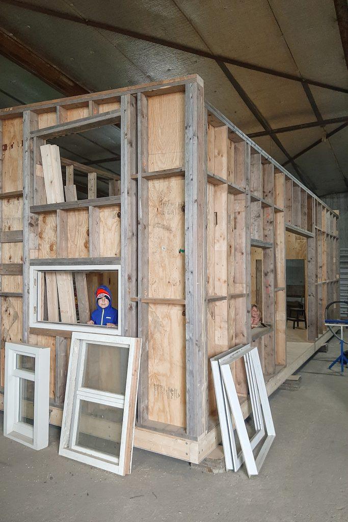 Tiny house in aanbouw van Parel van instagram HollandTinyHouse