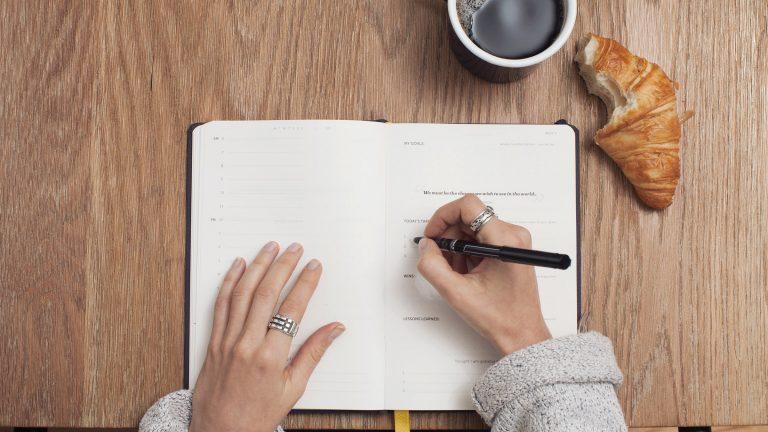 Ontspullen voor en na   Tidy Minds over minimalisme, ontspullen en bewust leven
