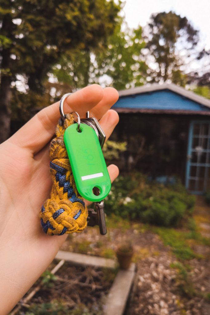 Tiny House verbouwen op de volkstuin door klusamateurs