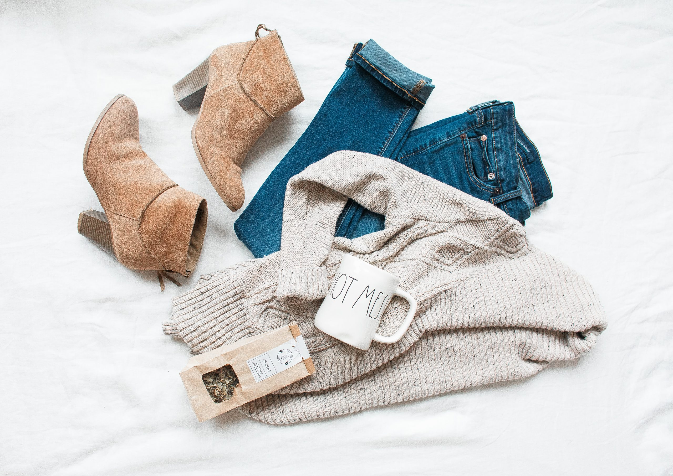 Kleding minimalisme | tips voor ontspullen duurzaam en capsule wardrobe | Tidy Minds