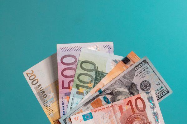 Slim met geld: besparen op vaste lasten per maand
